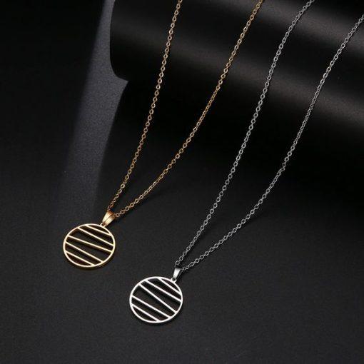 collier pendentif rond tendance