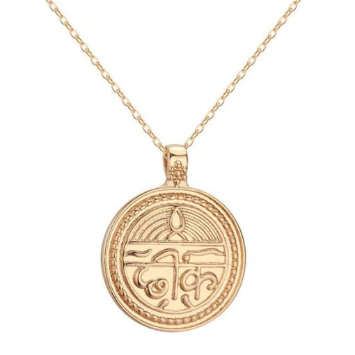 collier medaille ethnique
