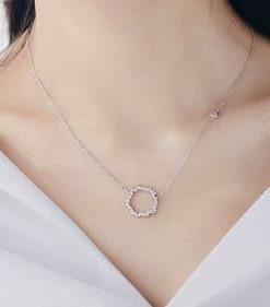 collier pendentif cercle strass cadeau