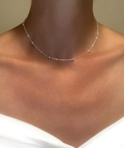 collier chaine perlee tendance